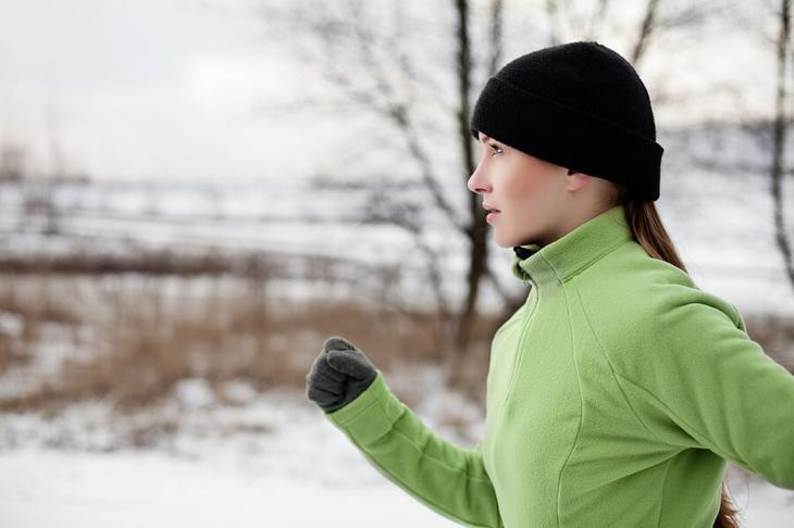 Попробуйте в качестве закаливания зимние пробежки