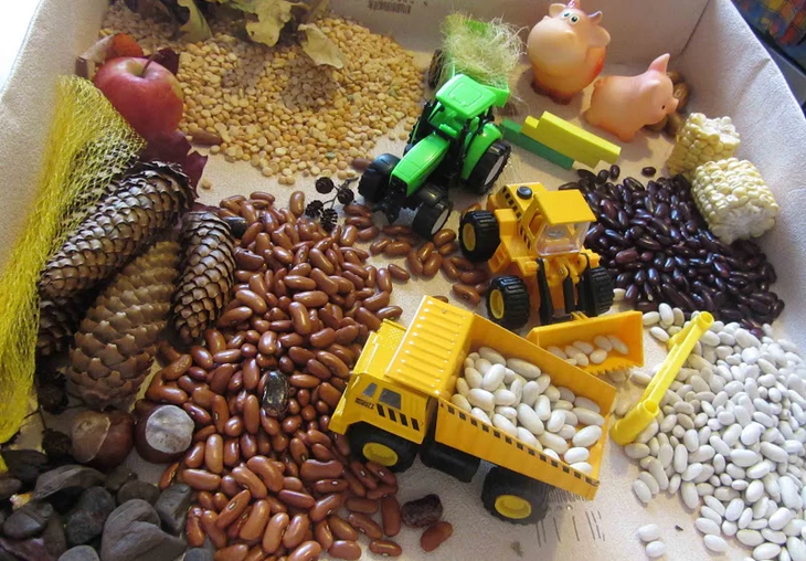 Развивающие игрушки своими руками для самых маленьких