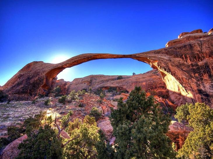 Пейзажная арка США. Создано самой природой. Невероятные природные арки. Фото с сайта NewPix.ru