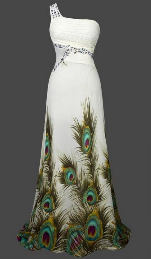 Прекрасные платья с люневильской вышивкой покоряют подиумы мира