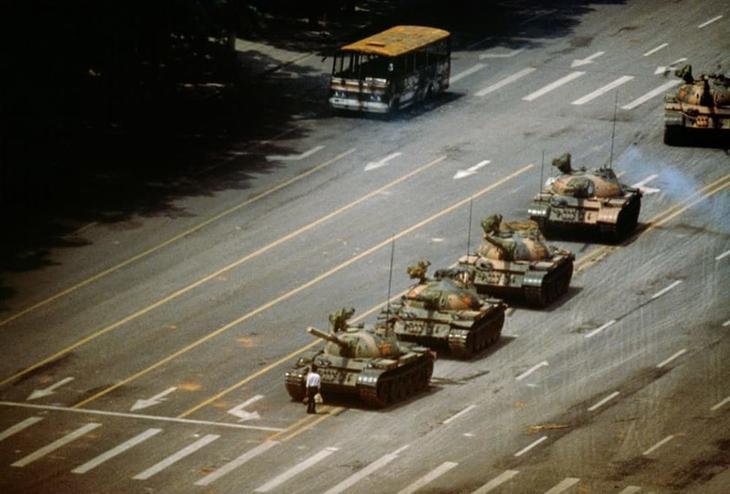 4. Неизвестный бунтарь (Tank Man) загадки, тайны