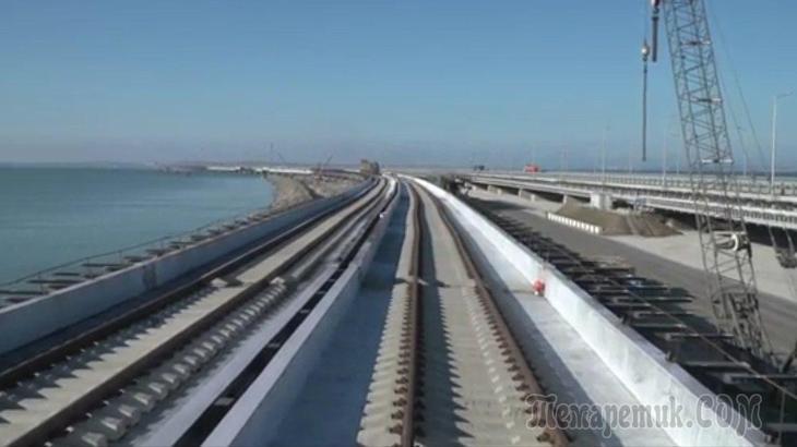 В СФ ответили на предложение украинцев опередить РФ при запуске поездов по Крымскому мосту