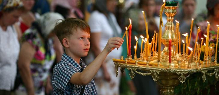 Зачем покупать и ставить Свечи в Храме
