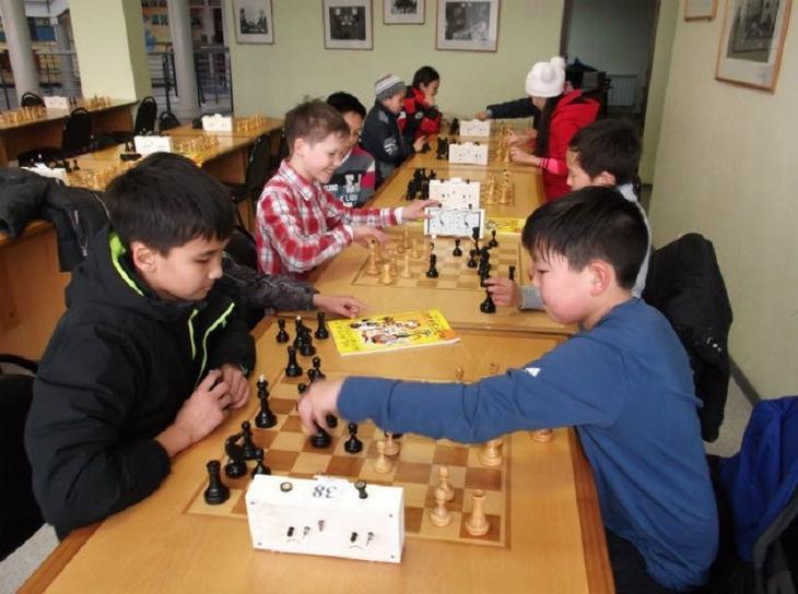 Калмыкия: уроки шахмат дети, уроки, школа