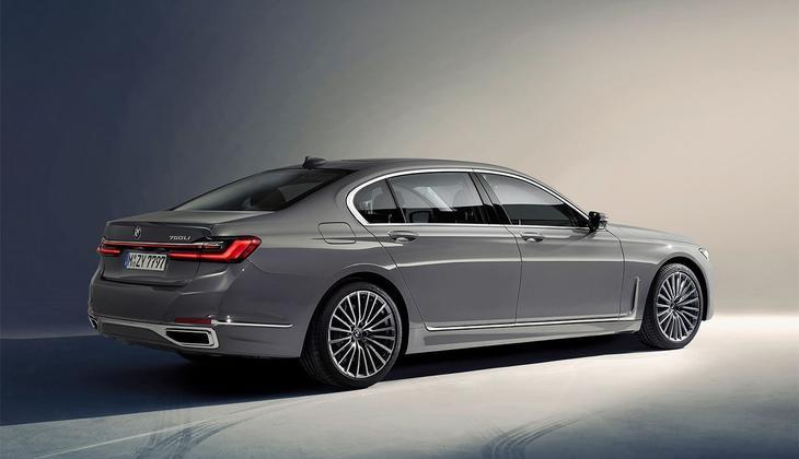 фотографии BMW 7-Series 2021-2020 вид сбоку