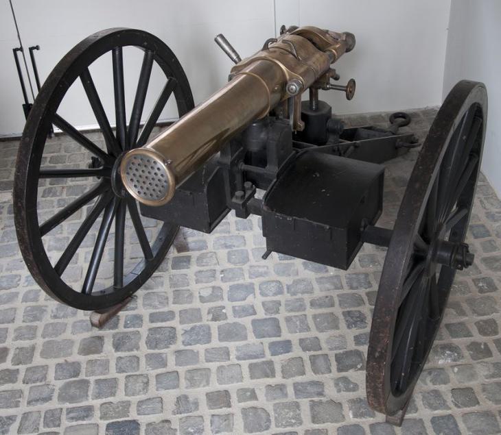 Легендарное оружие: пулемёт Максим