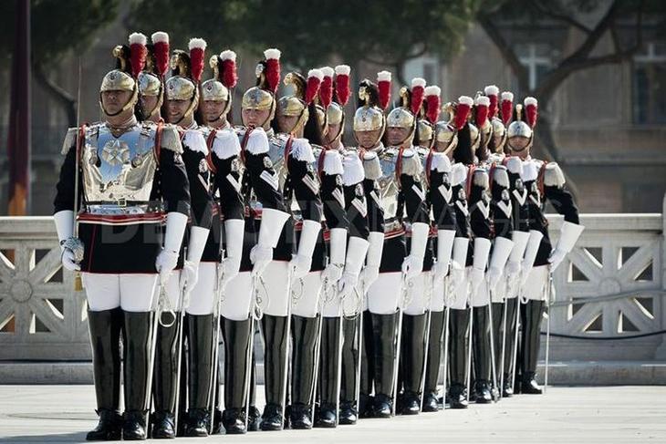 A forma mais divertida e inusitada de exércitos do estilo mundial, exército, guerra, mundo, forma, roupas, forma