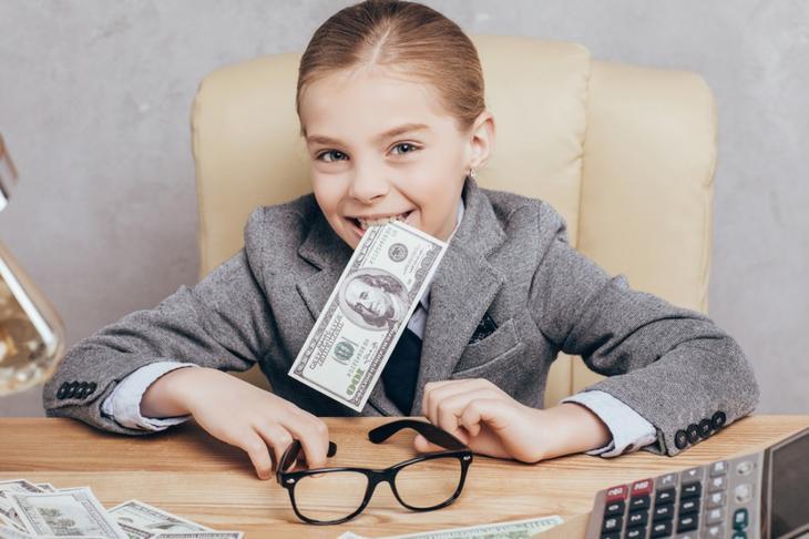 Дети и финансы: как научить ребенка разумно тратить деньги ...