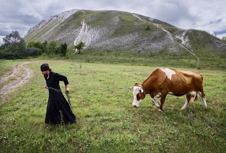 Страницами фотоконкурса «Святое и ценное в России» 15