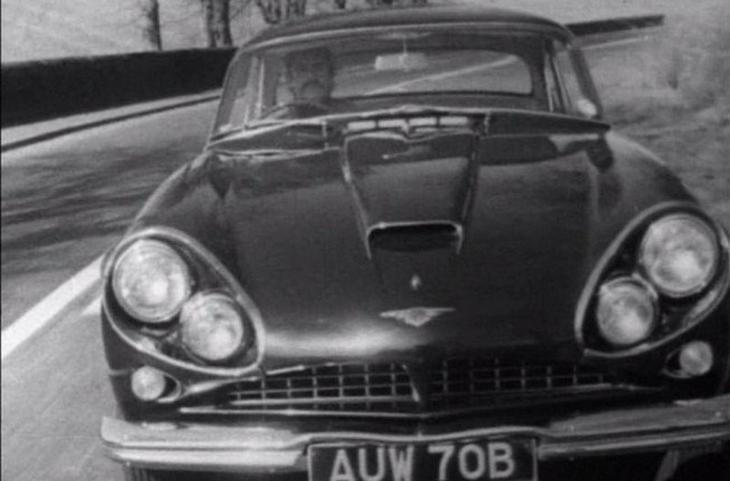 1967 год: Jensen CV8