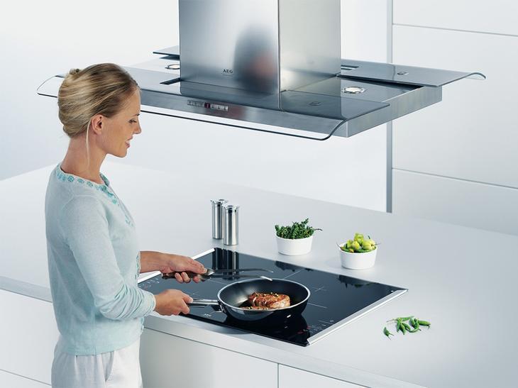 Кухонную вытяжку необходимо держать в чистоте