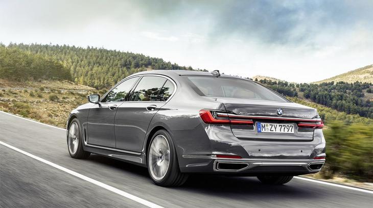 картинки BMW 7-Series 2021-2020 вид сзади
