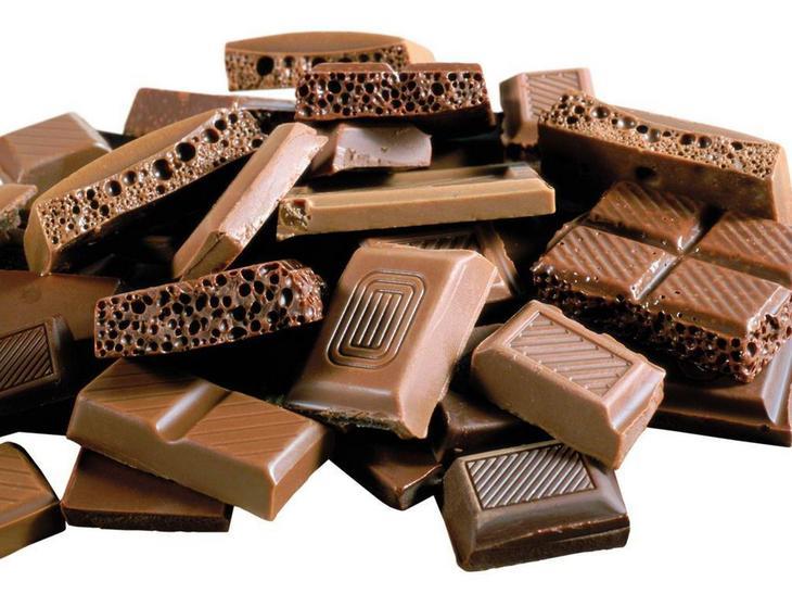 4. Горький шоколад. 8 продуктов, которые успокаивают нервы и борются с депрессией