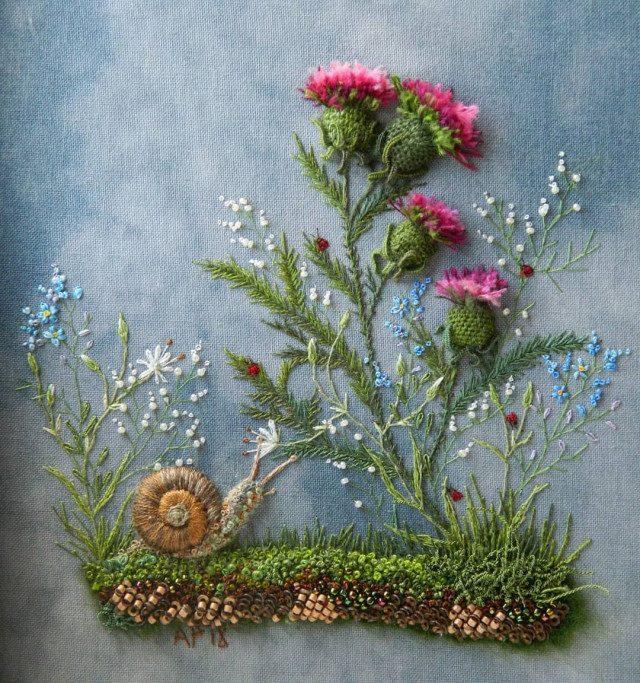 Цветочная вышивка Розы Андреевой