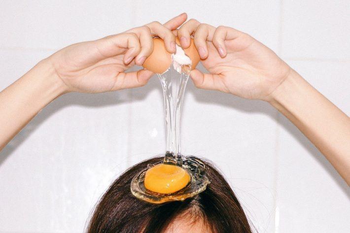 Как яйцо влияет на волосы