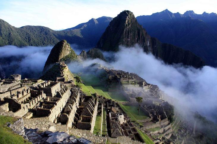 Город инков МачуПикчу Перу. Уцелевшие останки цивилизаций. Самые загадочные сооружения планеты, сохранившиеся до наших дней. Фото с сайта NewPix.ru