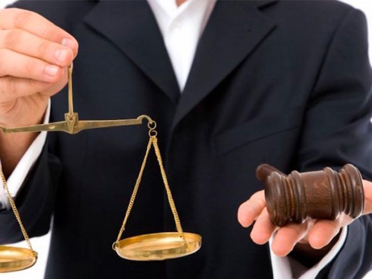 Взыскание судебных расходов при отказе от иска (госпошлина, расходы на представителя)