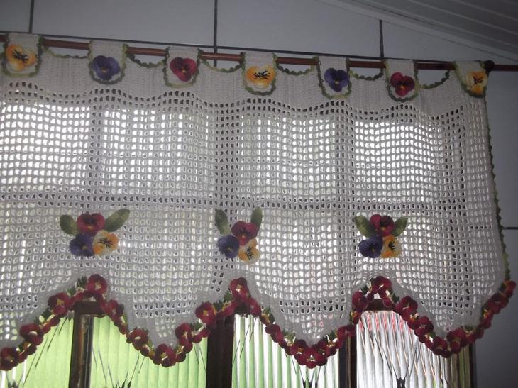 Вязаная штора своими руками