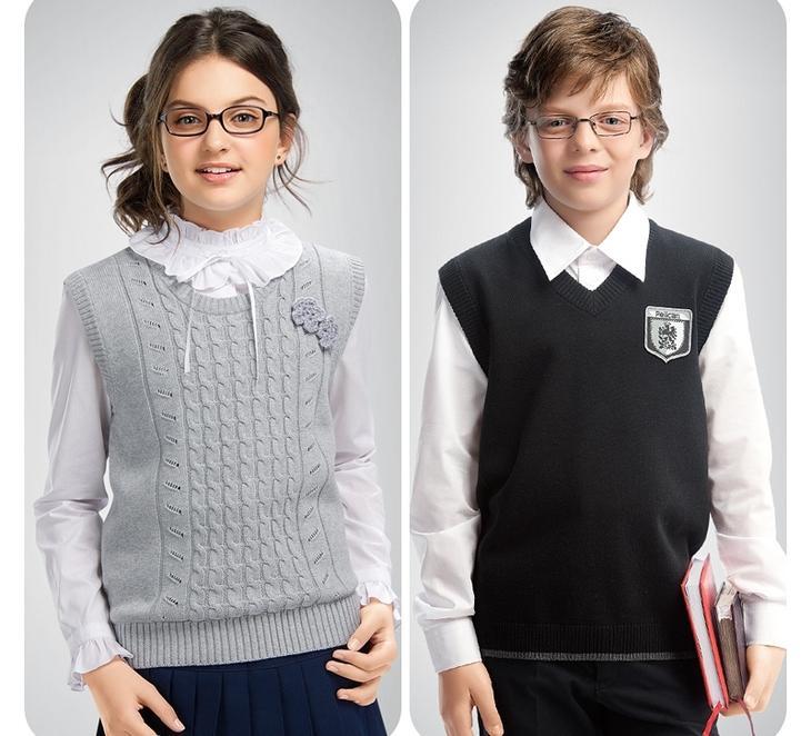 Какой жилет связать для девочки в школу спицами?