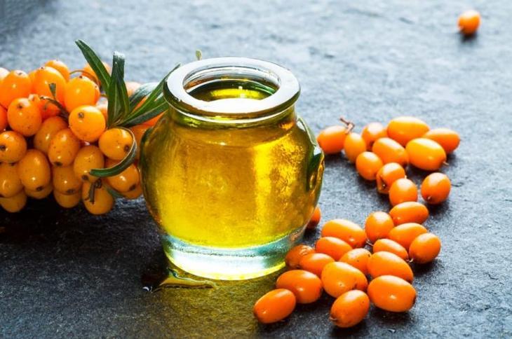 Облепиховое масло можно применять в домашних условиях