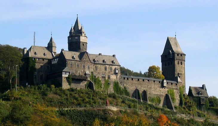 Замок Альтена