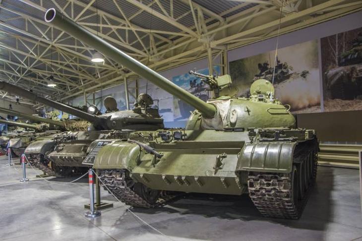 Танк Т-54 снаружи и внутри