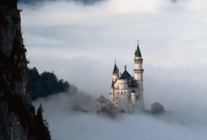 Удивительный замок Нойшванштайн - замок фантазий безумного короля