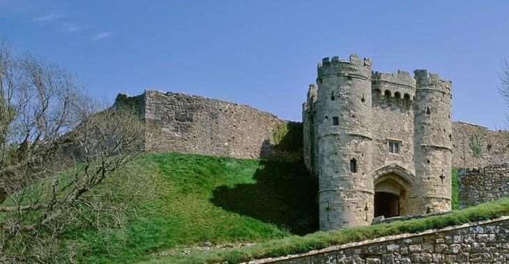 Замок Карисбрук, Англия. Построен в 1100 году. европа, замки, история, средневековье