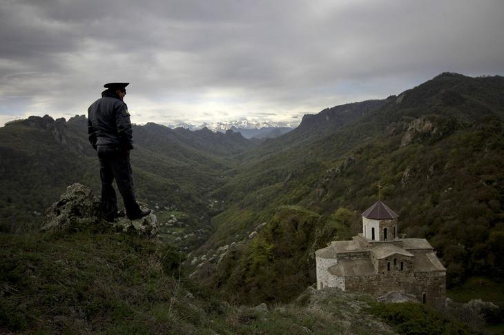 Страницами фотоконкурса «Святое и ценное в России» 17
