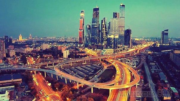 С тяжелым сердцем я уезжаю из Москвы в Киев