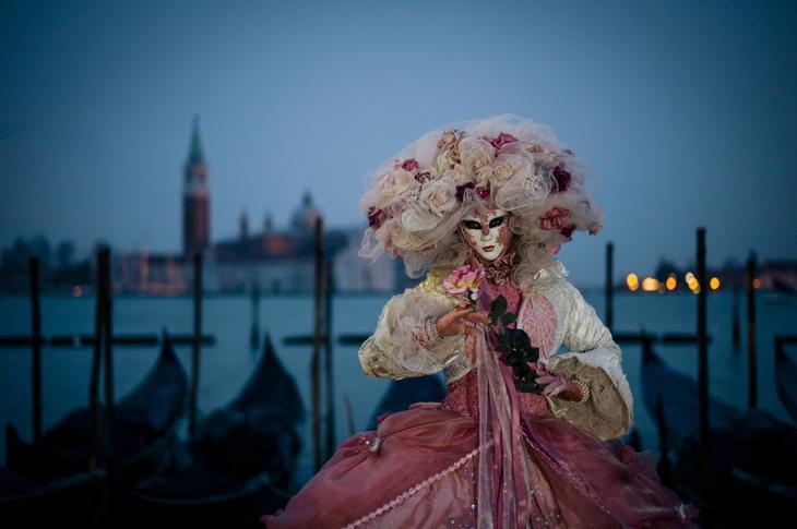 Venetsianskiy karnaval foto 1