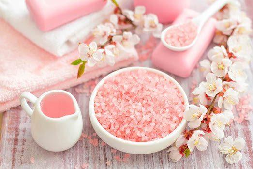 Чем полезна розовая гималайская соль?