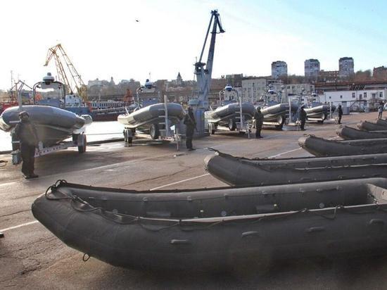 Вместо корветов Украина получила из США резиновые лодки