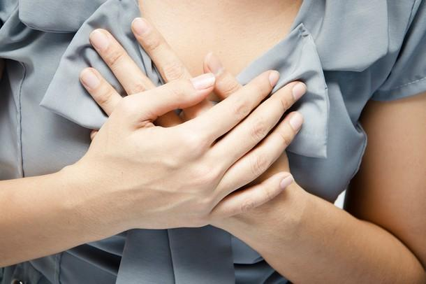 Почему болит грудь у женщин, девушек, девочек