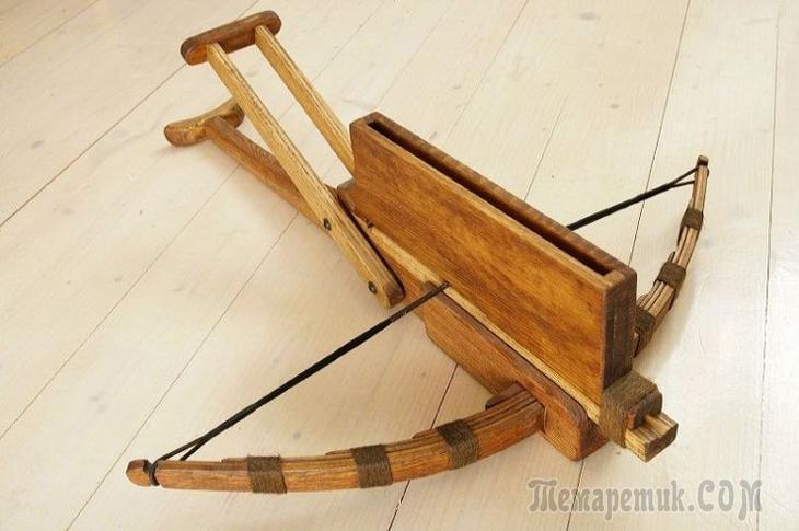 Топ-10 самых необычных древних видов оружия