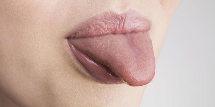 Немеет кончик языка: причины и лечение. При каких заболеваниях немеет кончик языка