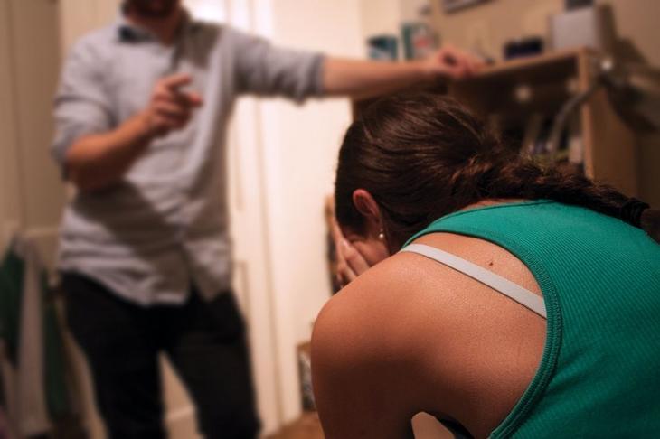 10 признаков того, что рядом с вами — эмоциональный насильник