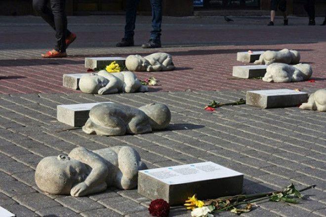 11 самых грустных памятников мира