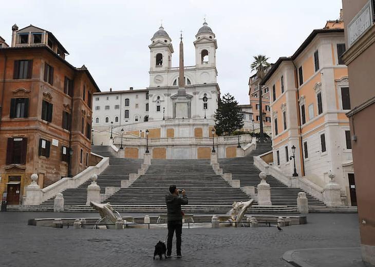 Улица Виа Кондотти. Рим, Италия