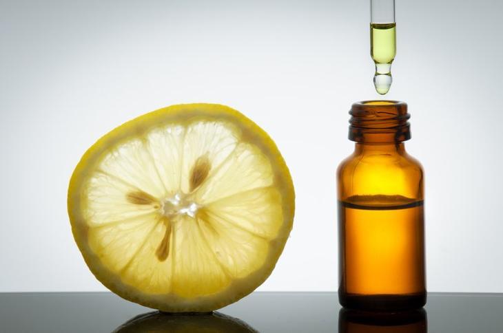 Ингредиенты для маски с льняным маслом и лимоном