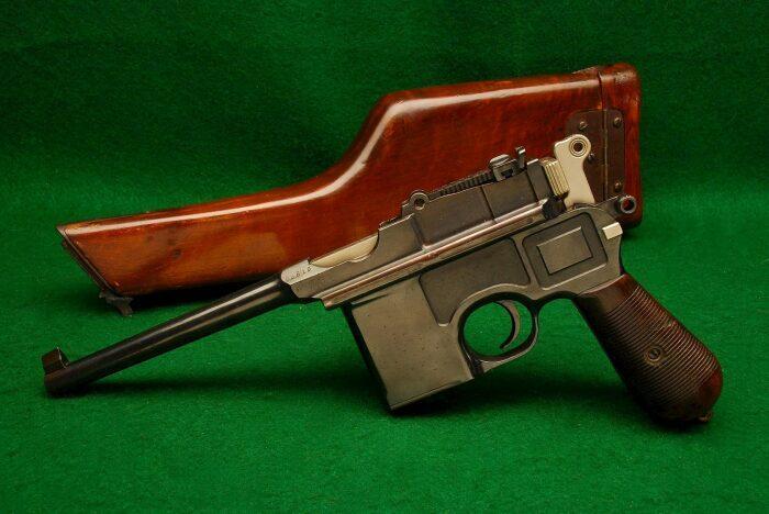 Почему пистолет Маузер К96 называют «снайперским», и мог ли он уложить цель на расстоянии в 1 км