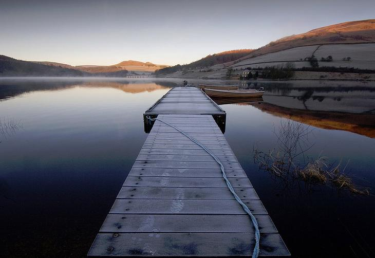 Ледибауэр (анг. Ladybower) — Y-образное водохранилище