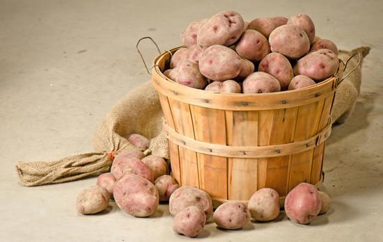 Как сохранить картошку до весны без погреба